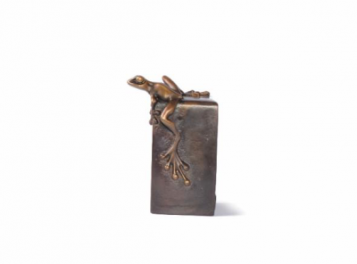 Vertical Frogman Paperweight | Tim Cotterill image